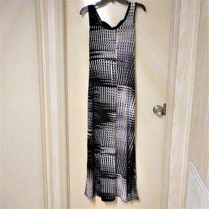 MT COLLECTION Black&White Sleeveless Maxi Dress XL